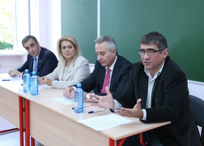 Yerevan Municipality Invites AUA Acopian Center for the Environment to Deliver Extracurricular Environmental Education Program to Yerevan Public Schools