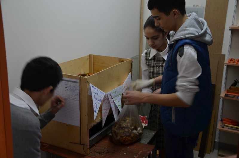 6 - Students recording the results and monitoring the vermicomposting process