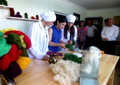 Shirak TV Features the TRDP Supporting a Local Felting Business in Aregnadem Village