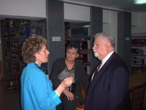 Satenik Avakian with Vartan Gregorian, 2002