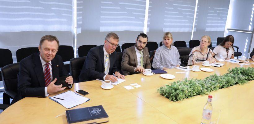 Sida Delegation visits AUA