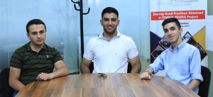 (l-r) Alen Adamyan (CS' 23), Hayk Saryan (AUA scholarship program supporter), Emin Ter-Mkrtchyan (CS' 23)
