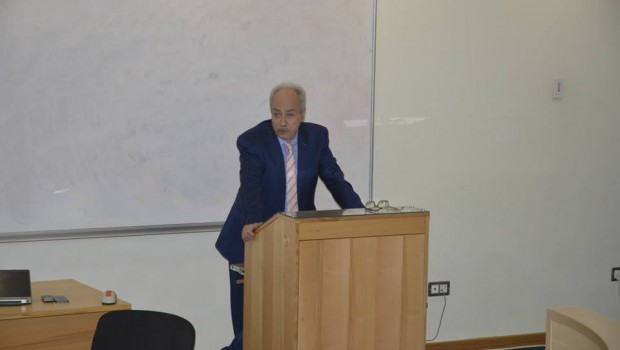 Dr. Yervant Zorian, Chief Architect and Fellow at Synopsys, Shares Expertise with AUA Students