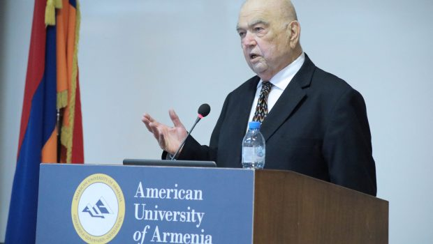 Dr. Richard Hovannisian Delivers Series of Lectures in Celebration of First Armenian Republic Centennial