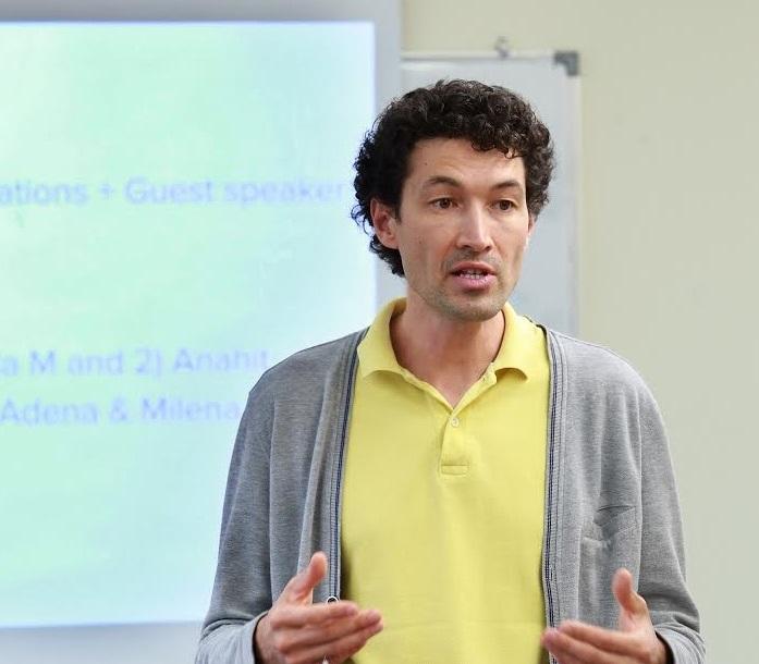 Dr. Irshat Madyarov Receives Teaching Award
