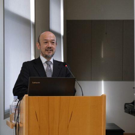 Toshiyuki Zamma presenting Society 5.0